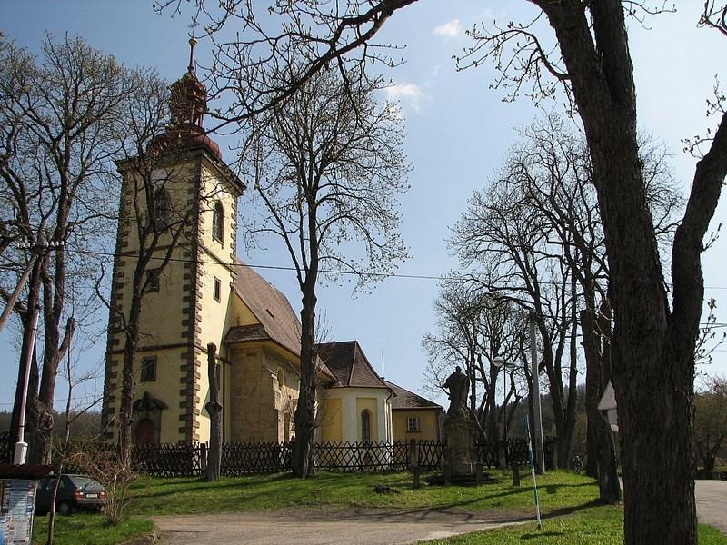 Bílé Poličany – lanžovský kostel