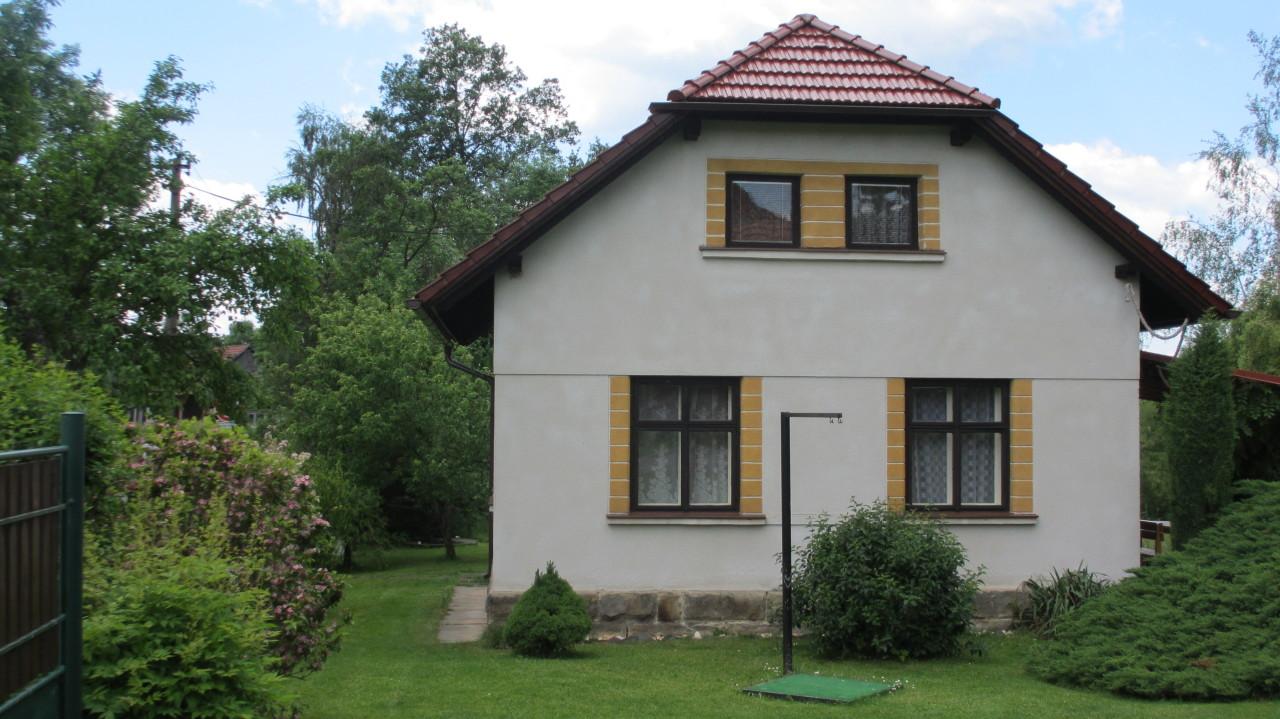 Bílé Poličany – nová střecha, duben 2014