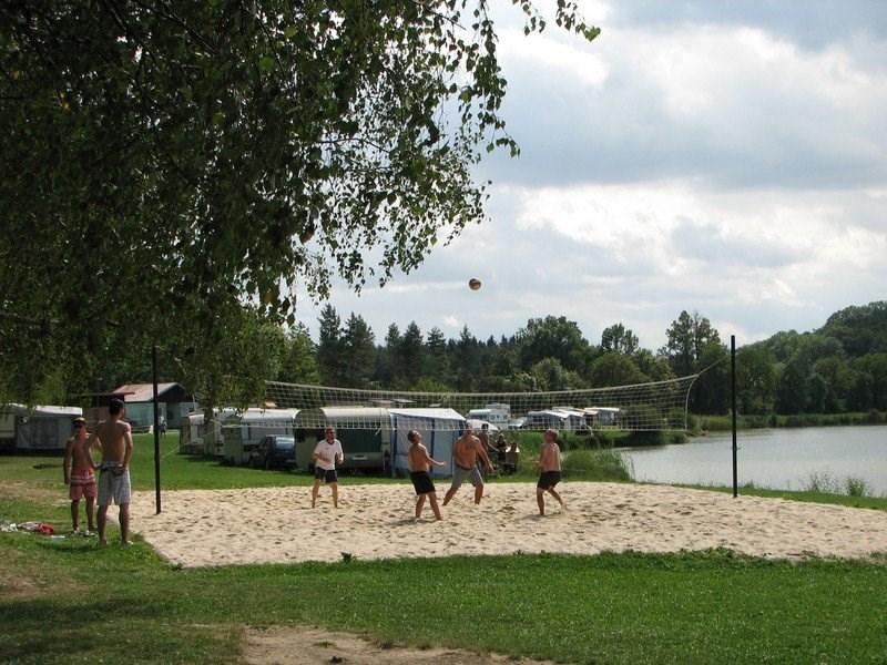 Ostatní – voleybalové hřiště – rybník ve Velkém Vřešťově