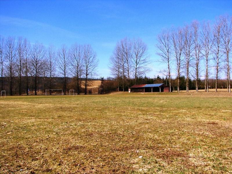 Velký Vřešťov – fotbalové hřiště